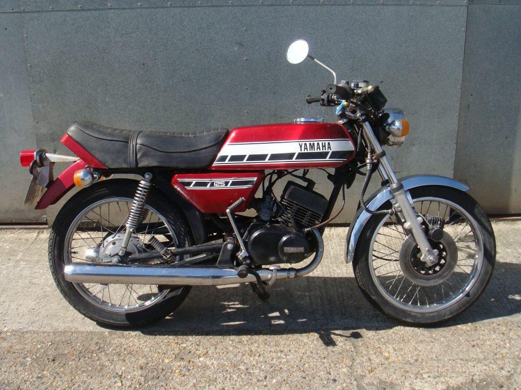 Yamaha   Unit 5 Motos  